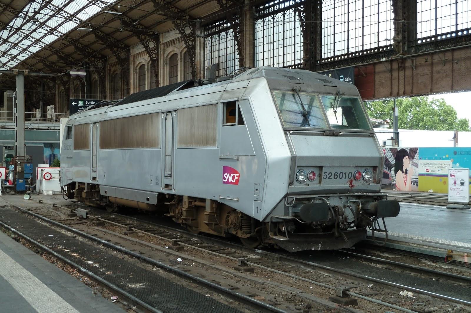 la passion du train en gare de paris austerlitz. Black Bedroom Furniture Sets. Home Design Ideas