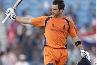 Ryan ten Doeschate century