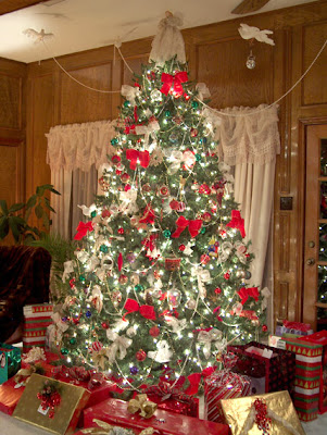 Fun Plannet Elegant Christmas Tree Decorating Ideas