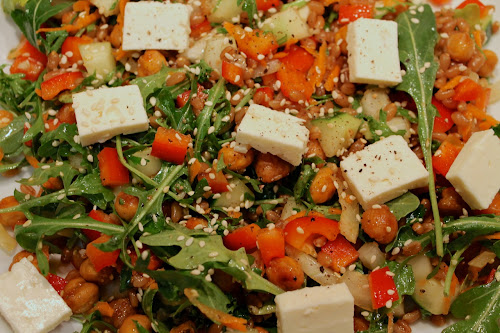 """Hummus"" salad - roasted chickpeas, arugula, red pepper, feta, sesame, lemon dressing"