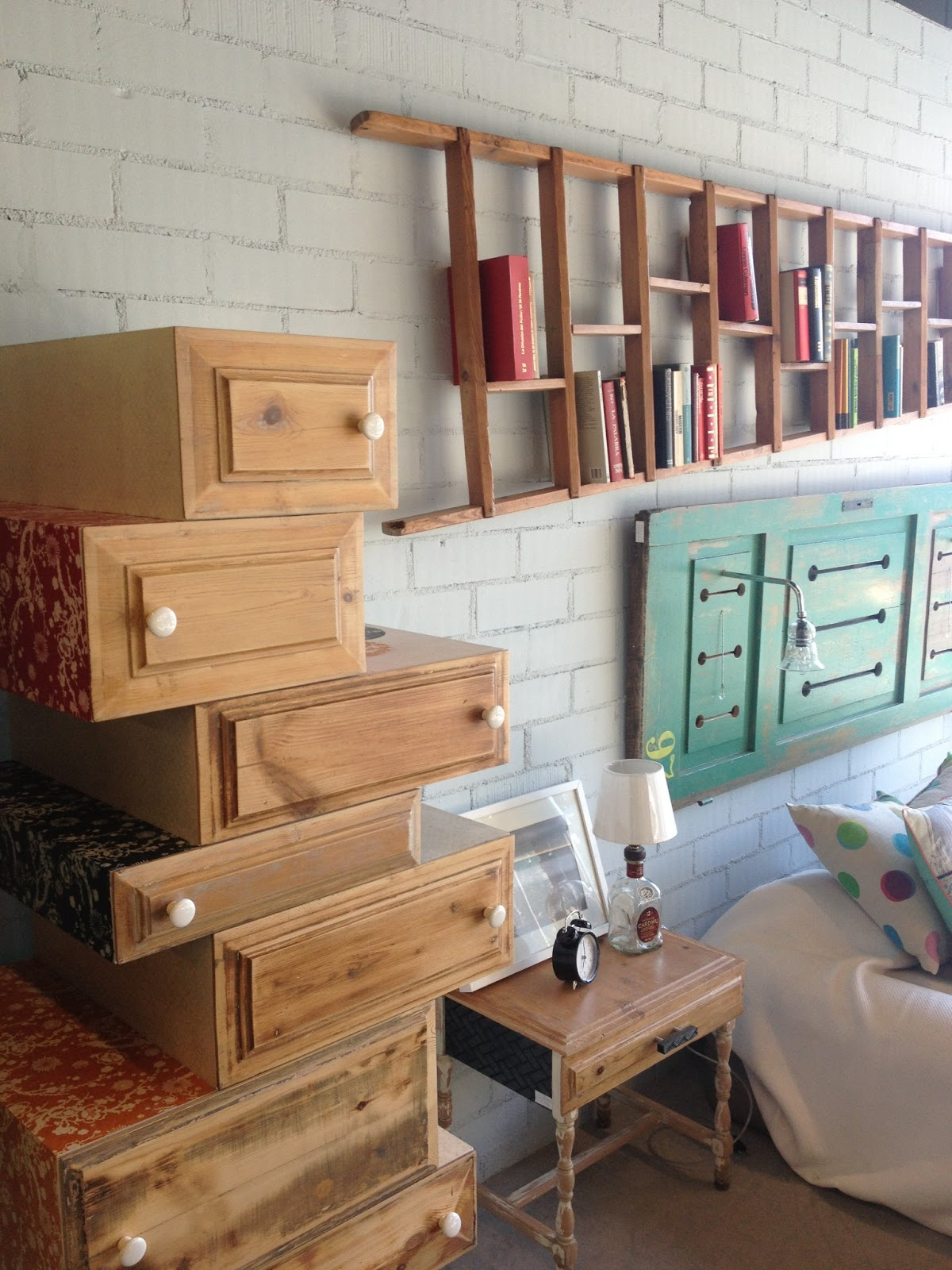 PIA CAPDEVILA Interiorismo & Eventos: L\'estoc..... muebles con valor ...