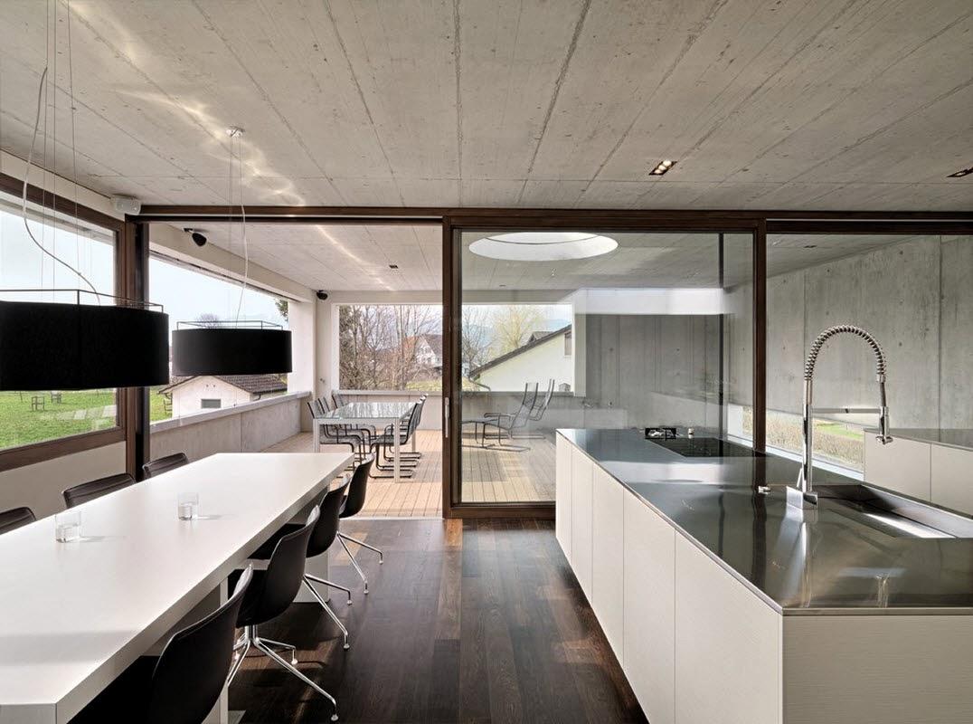 Ruang Makan Modern Dengan Dinding Kaca 2