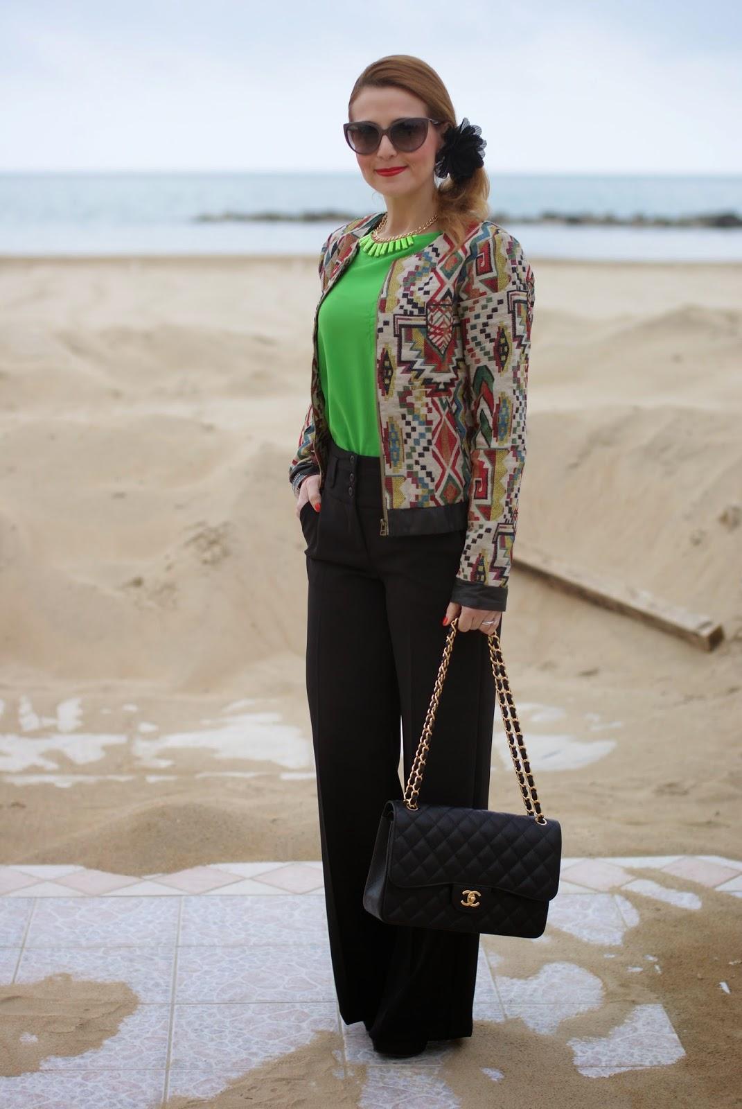Chanel 2.55 classic flap bag, palazzo trousers, Paramita jacket, bomber jacket, Moliabal elastico capelli, palazzo pants, Lunatic pantaloni, sided ponytail, Fashion and Cookies fashion blog, fashion blogger