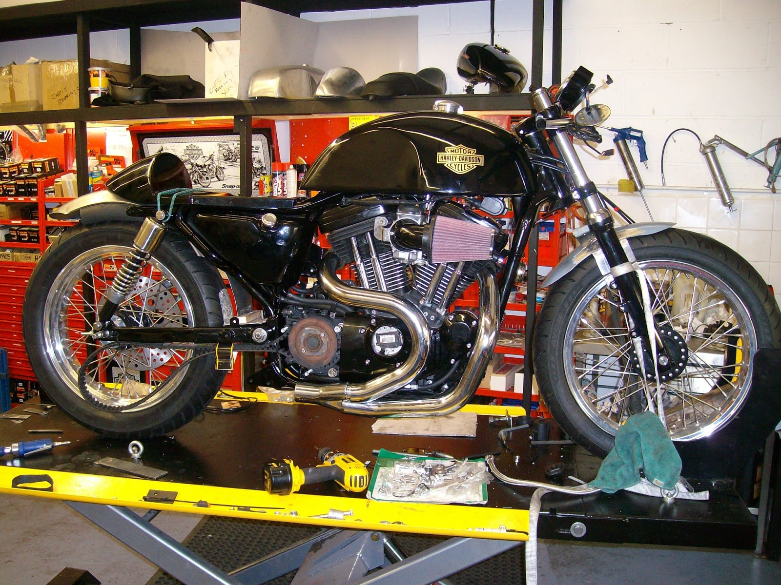 Buell Cafe Racer http://www.way2speed.com/2013/04/buell-cafe-racer-conversion.html