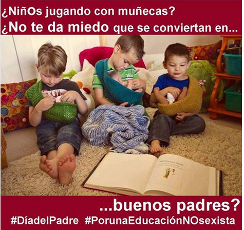 NIÑOS JUGANDO AL PAPÁ
