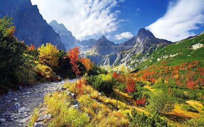 Gambar Pegunungan Keren