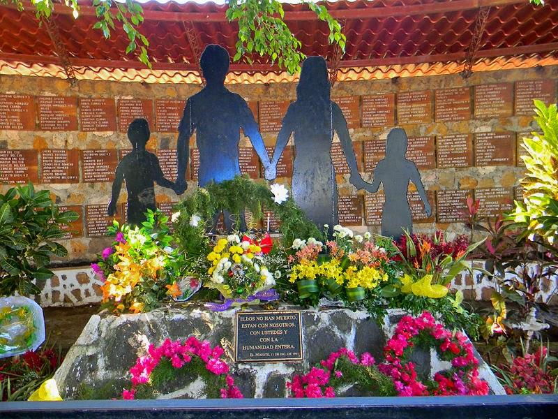 Mark Danner, Masakra w El Mozote, Okres ochronny na czarownice, Carmaniola