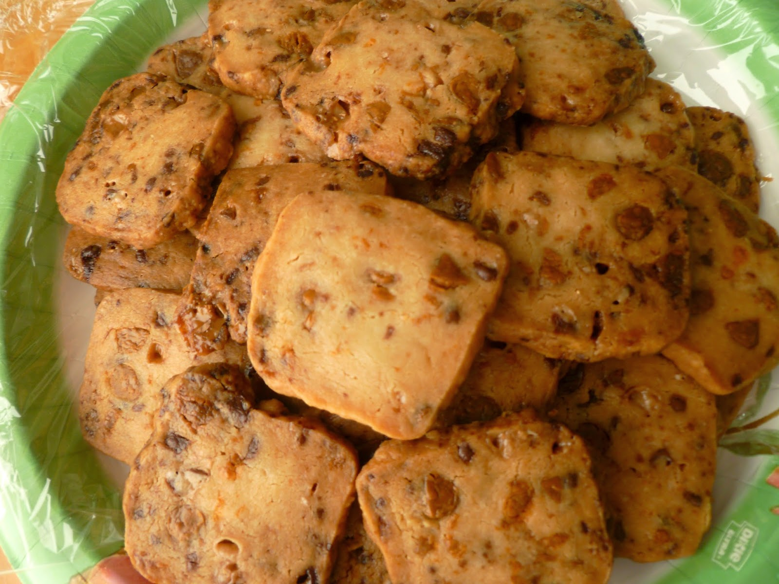 Butterscotch Toffee Shortbread Cookies