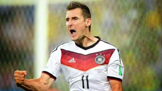 كلوزة يحذر المانيا من منتخب الجزائر