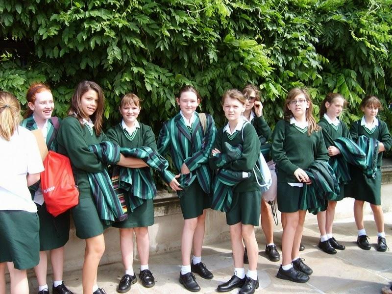why you should wear school uniforms