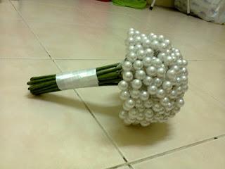 bunga tangan pearl