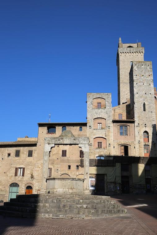 SAN GIMIGNANO (Toscana-luglio 2016)