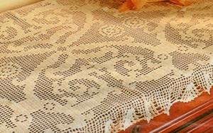 Professione donna schemi per il filet striscia per cassapanca - Striscia uncinetto per tavolo ...