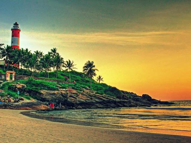 kerala-beach-lighthouse-kovalam