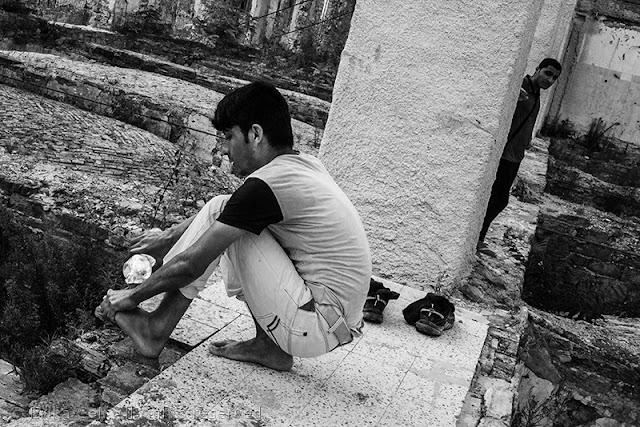 Silos Trieste migranti pulizia personale