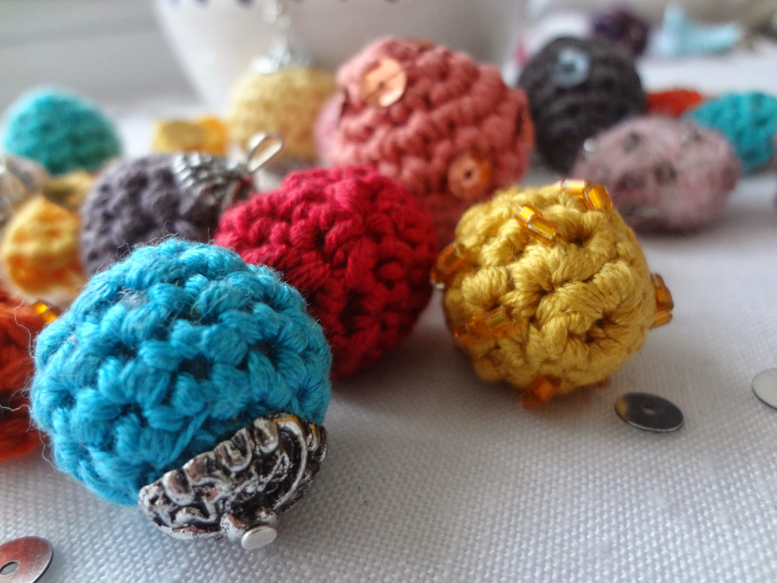 Little Treasures: How to Crochet Beads - A PDF Pattern