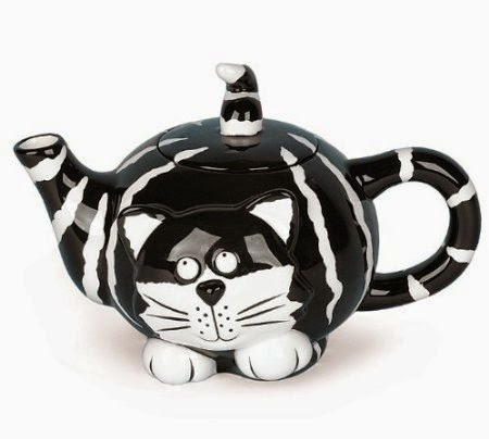 Teapot that ooks like a cat