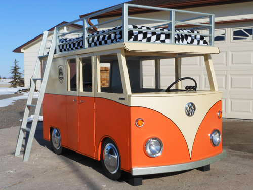 Fort A Day A Vw Bus Bunk Bed Great Idea For A Kids Fort Clubhouse