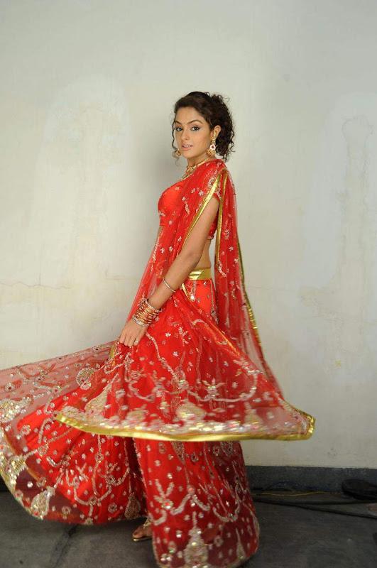 Actress Asmitha Soodh Hot Blouse Stills unseen pics