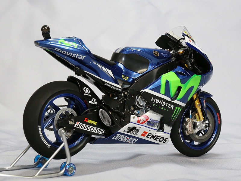 Racing scale models yamaha yzr m1 v rossi 2015 by k 39 s for Yamaha m1 for sale