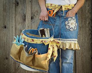membuat kerajinan celemek kain jeans lama