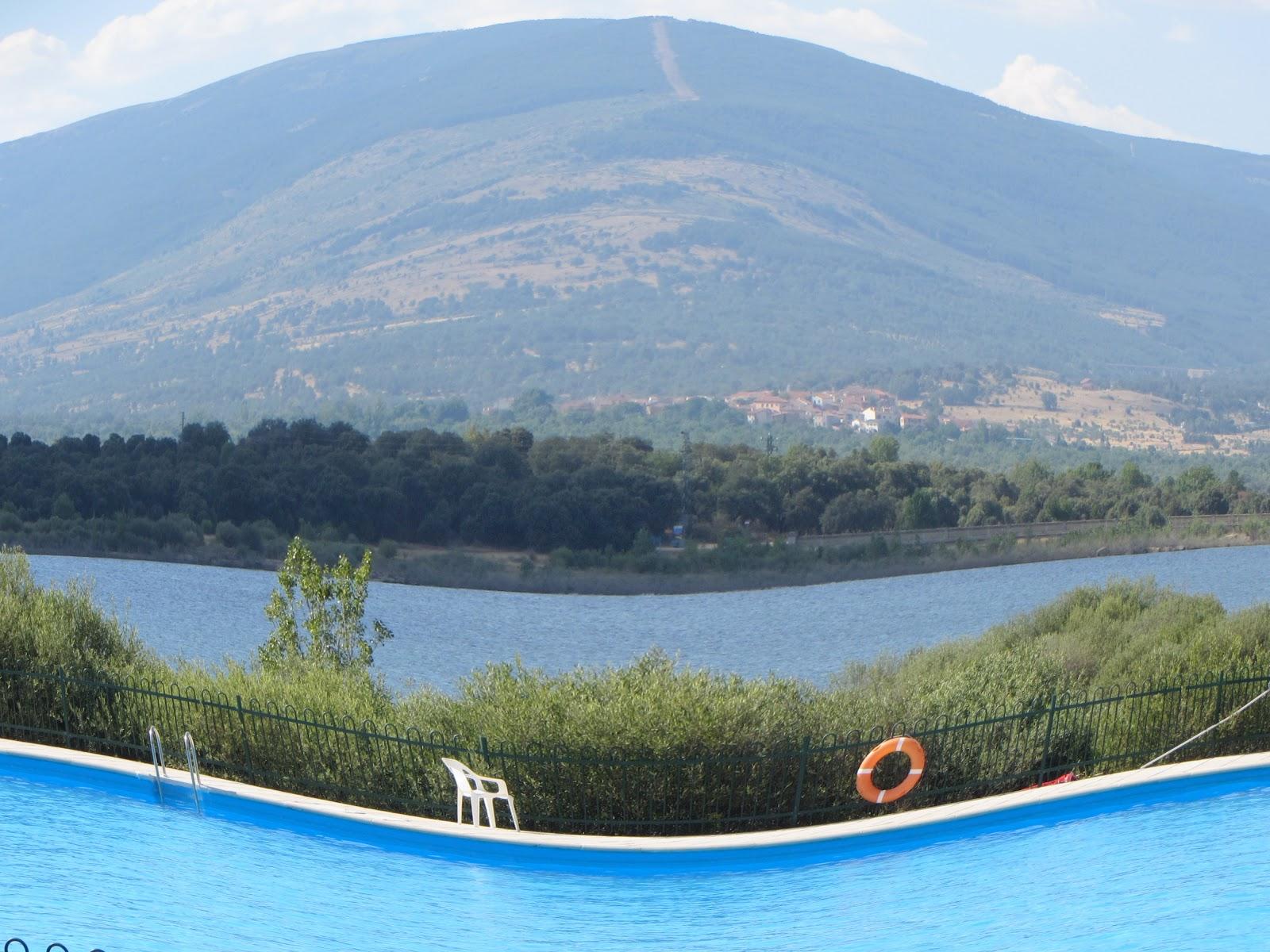 Buitrago de lozoya madrid piscinas naturales for Piscinas naturales de buitrago precios
