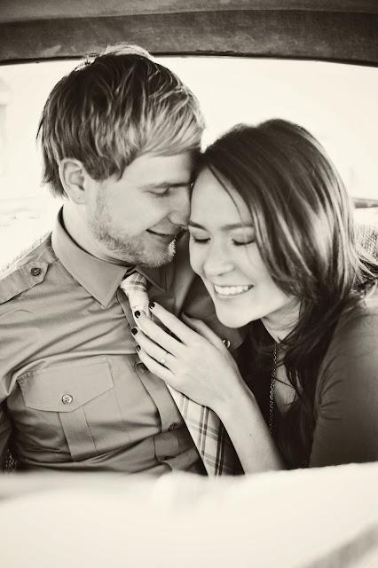M%252BD Eblog029 Michelle + Dan ~ Engagements in Las Vegas