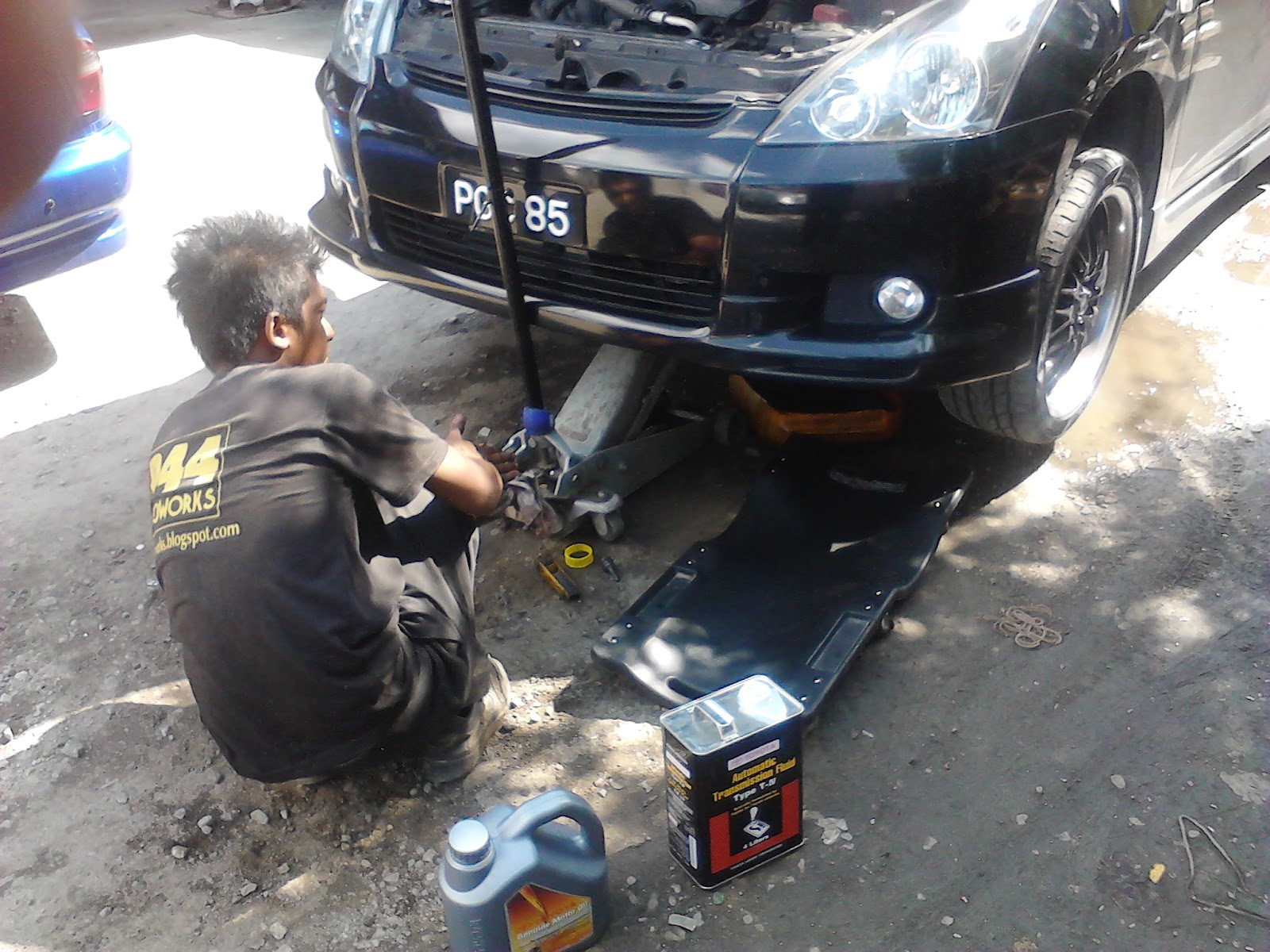 Toyota Wish Owner Manual Fuse Box Location Driving Original Lubricants