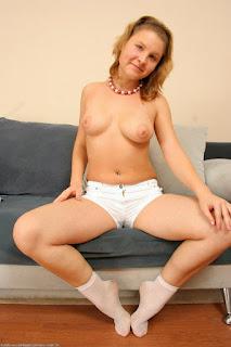 hot mature - rs-lyu007WOC_163664012-775083.jpg