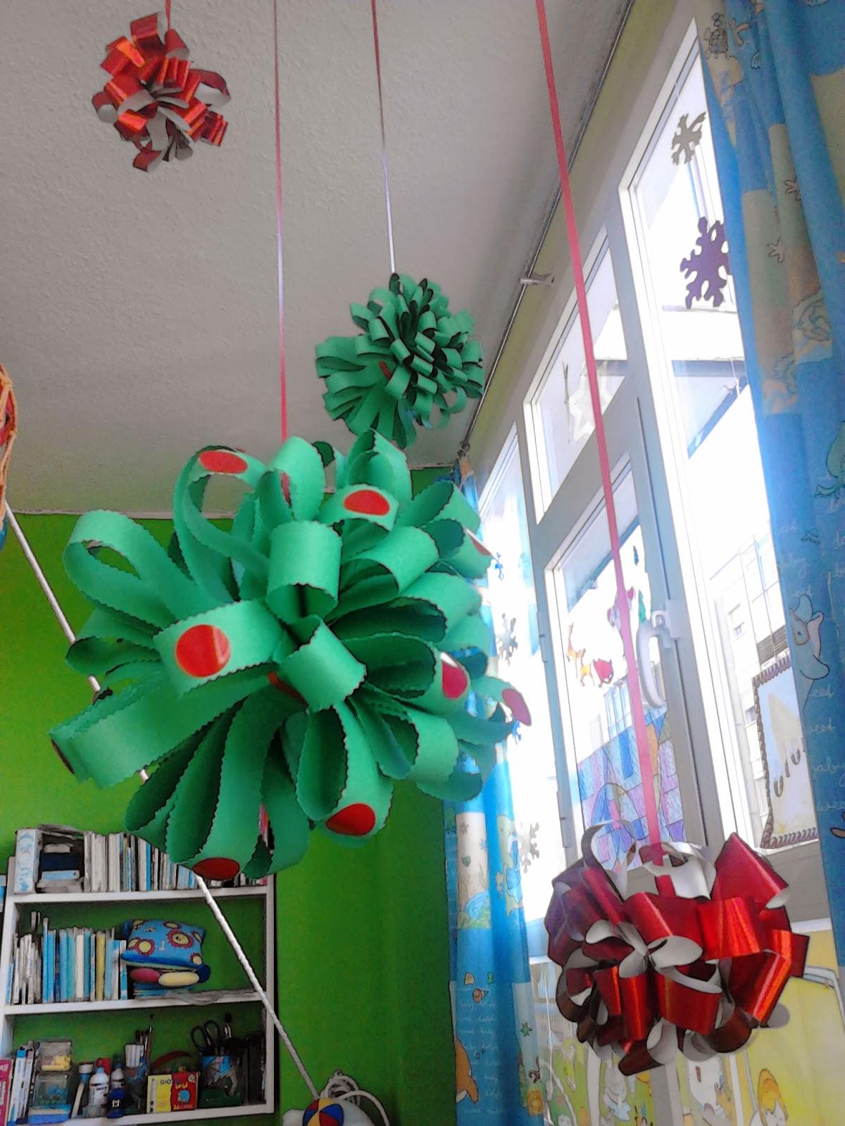 Escuela infantil pis pas decoraci n navide a for Decoracion de interiores de la escuela