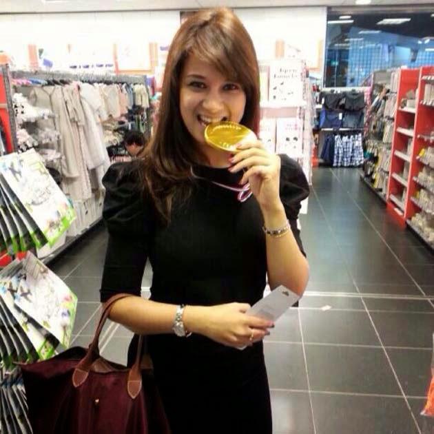 Angelina Premila Pramugari Cantik Malaysia Airlines MH17