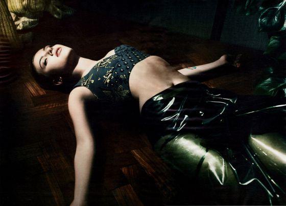 Scarlett Johansson by Solve Sundsbo for Interview Magazine December 2011 cabelo curto