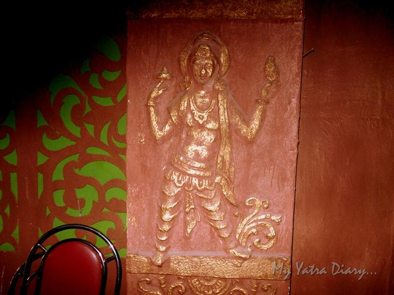 A motif inside a huge pandal, Ganesh Pandal Hopping, Mumbai