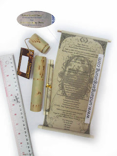 undangan gulung 17cm murah tinta emas