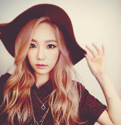snsd s taeyeon her adorable selca updates   wonderful