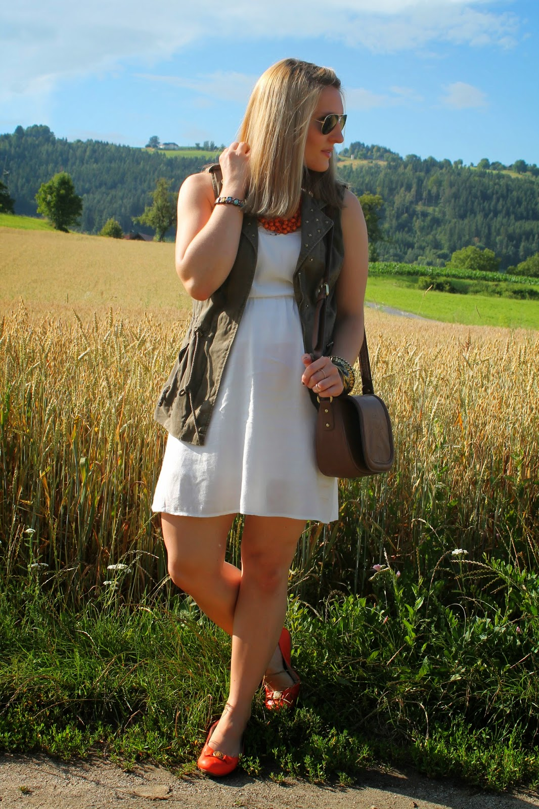 Fashionblogger Austria / Österreich / Deutsch / German / Kärnten / Carinthia / Klagenfurt / Köttmannsdorf / Spring Look / Classy / Edgy / Summer / Summer Style 2014 / Summer Look / Fashionista Look / Takko / Vero Moda / Zara / Even and Odd / Tommy Hilfiger / Ray Ban / How to style /