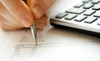 planejamento, plano financeiro, planejando o futuro, contas a pagar, dinheiro a receber, planos, escrita, escrevendo no papel