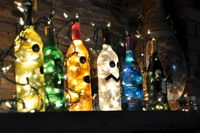 Yuen yarn lighted monster bottle halloween decorations for Empty wine bottle decoration ideas