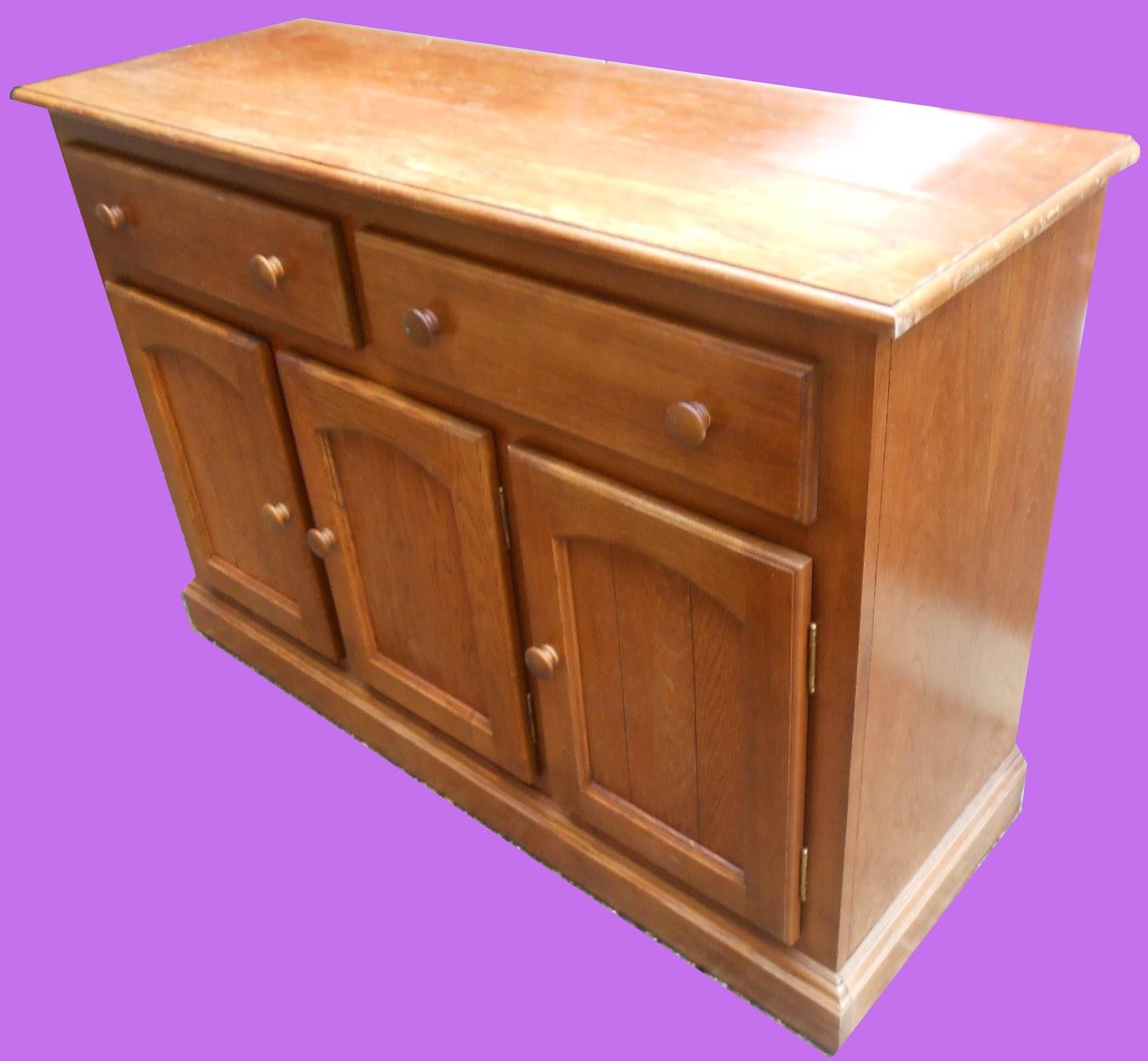 uhuru furniture collectibles oak buffet sold. Black Bedroom Furniture Sets. Home Design Ideas