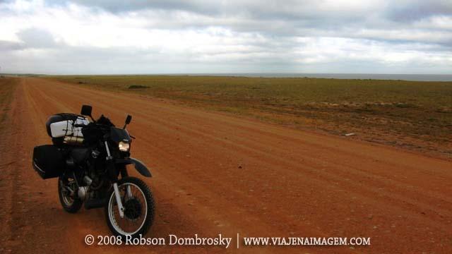 viagem de moto - estrada secundária no uruguai