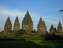 ... Belajar EDELWEISS: Peninggalan Sejarah Kerajaan Hindu di Indonesia