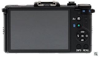 Kamera  DSLR  Yang Terkecil Di Dunia