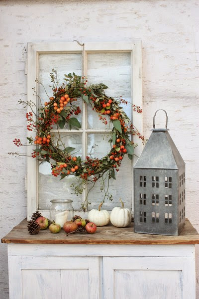 Decorating Ideas > Andrella Liebt Herzen ~ 220626_Christmas Decorating Ideas Using Old Windows