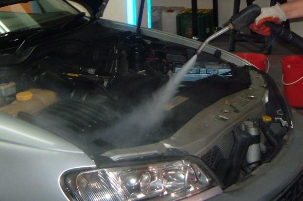 Lubricentro capital federal jufre oil service lavado de for Como lavar el motor de un carro