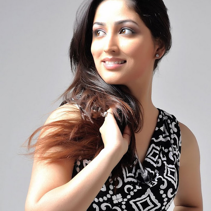 high quality images for Yami Gautam new spicy latest hot