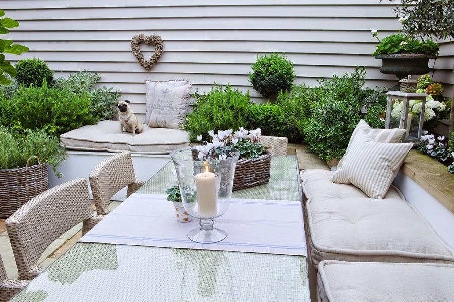 wnętrza, wystrój wnętrz, styl francuski, eleganckie, szary, beżowy, romantyczny, ogród, taras, patio