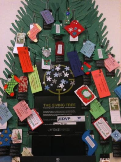 Shoreline area news host a vision house giving tree gift card gift card giving tree negle Choice Image