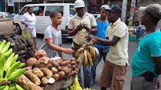 """Haitianos afirman: """"El que no etá legal no puede tá en país"""""""