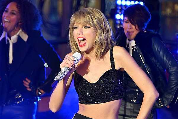 New Year's Eve in Times Square: Taylor Swift and other celebrities