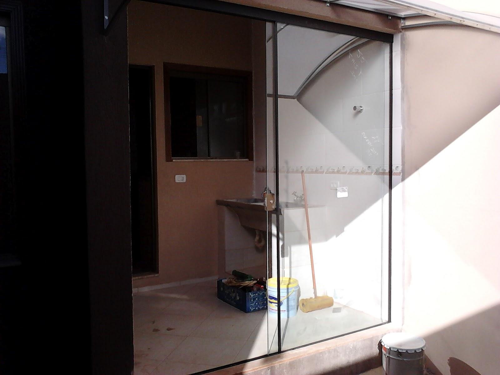 #343F60 FRANCO VIDROS TEMPERADOS: Fevereiro 2012 226 Janelas De Vidro Para Lavanderia